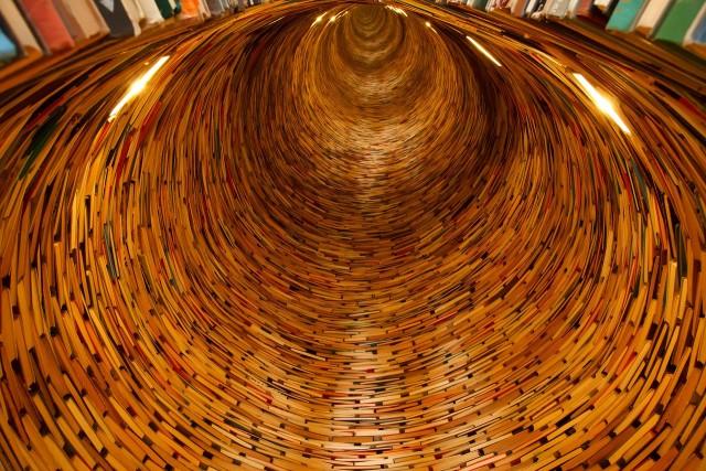 books-21849_1280