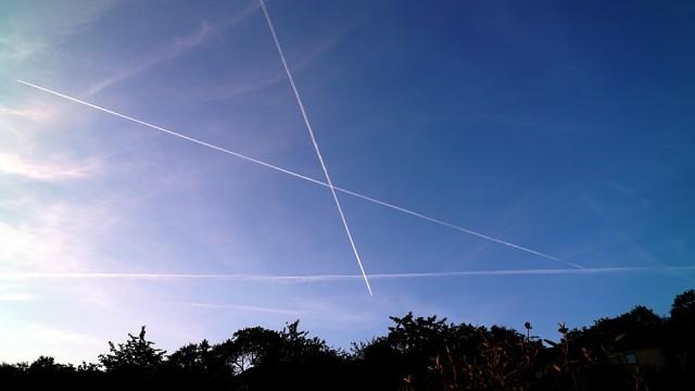 air-traffic-2430600_960_720