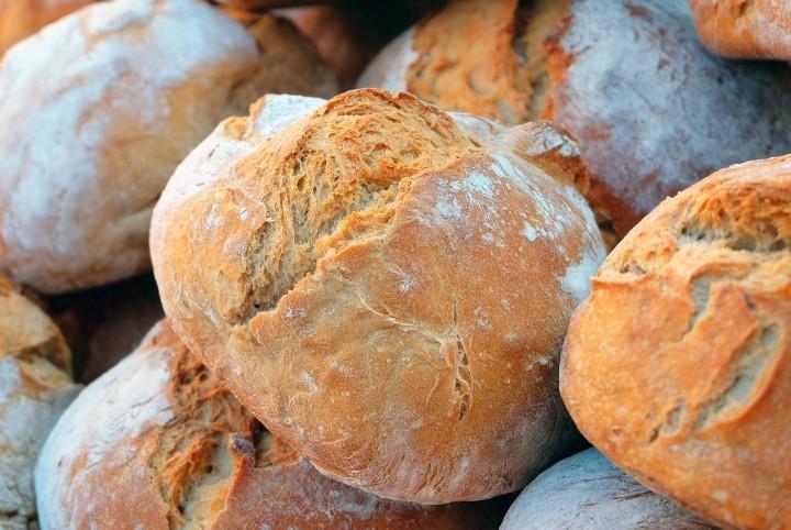 bread-1281053_1280-1