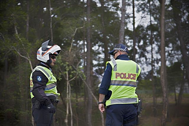 police-171456_640