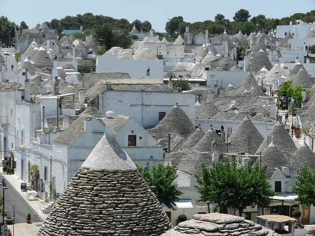 village-552082_640